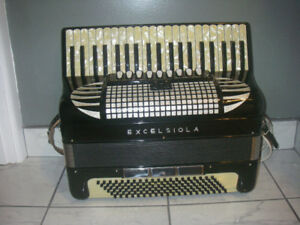 Excelsiola (made by Excelsior) accordian for sale