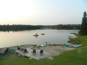 Cabin Rental - Kenora- free paddle board and Kayaks $119*
