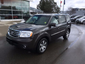2015 Honda Pilot Touring with Winter Tires SUV (Acura West)