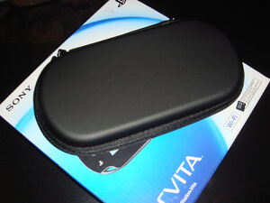 PS VITA 1000-ÉTUI ZIPPER/ZIPPER EVA CASE-NOIR/BLACK (NEUF/NEW)