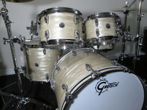 Gretsch Brooklyn 5pc. White Swirl Maple-Poplar Shells.