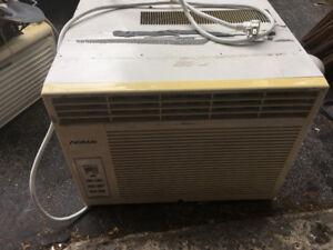 Air climatisé 10000 btu de marque Noma