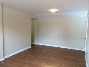 Great Location , Large 2B Available Nov 1st/ Dec
