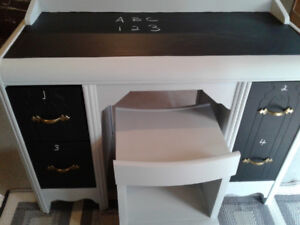 Childs desk with chalkboard top and drawer fronts
