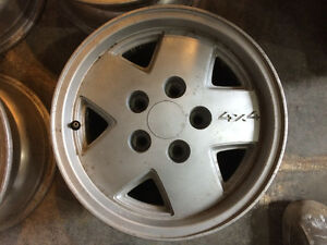 15x7 alloy rims 5x120.65 bolt pattern. fits s10 and others