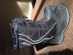 Baffin Drift Snogoose Winter Boots - Like New!