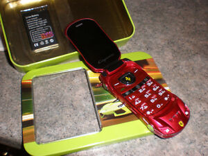 FARRERI CELL PHONE WITH EXTRA BATTERY
