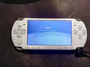 Sony Psp 2000 With 8gb Memory