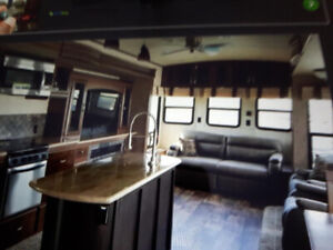 WATERFRONT SANDPIPER PARK MODEL RV IN EXCLUSIVE PARK