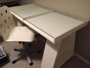 Ikea Desk - Like New, but it's used!