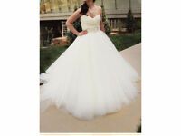 Lazaro Wedding Dress White size 6