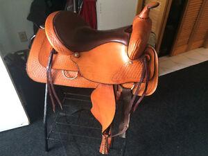 """16"""" leather western saddle"""