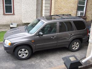 2003 Mazda Tribute SUV, Crossover