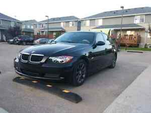 2008 Bmw 323i low km price negotiable