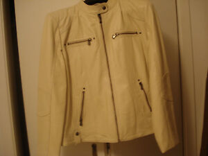 3 ladies leather jackets - size Large