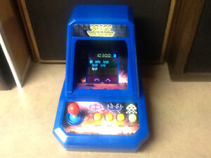 CLASSIC EXCALIBUR SPACE INVADERS TABLETTOP ARCADE VIDEO GAME
