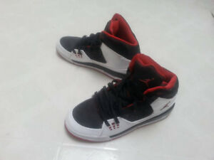 Brand new jordan shoes size 7 (womens)