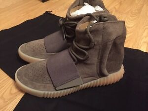 YEEZY 750  SIZE 8  1/2. Adidas chocolate brown