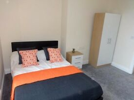 B) AMAZING OFFER!! 2 HUGE ROOMS IN HACKNEY!!