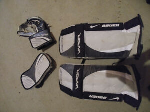 Bauer vapor street hockey pads and gloves