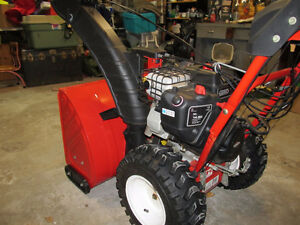 2012 troy 28in 305cc snow blower