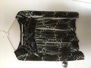 Girl's clothing size small