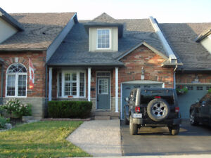 NORTH BURLINGTON 2 STRY TOWNHOME AVAILABLE IMMEDIATELY