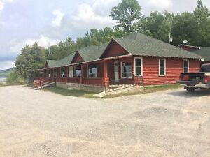 LAKEFRONT MOTEL LODGE IN MANITOULIN ISLAND ONTARIO