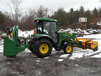 2013 John Deere 4720 Utility Tractor with Blower