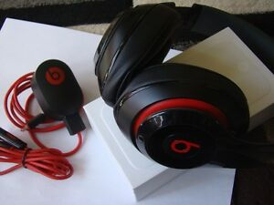 AUTHENTIC BEATS BY DRE AUDIO HEADPHONE WITH USB CHARGER Regina Regina Area image 3