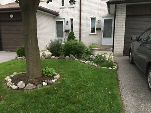 3 bdrm. Thornhill, Townhouse, Bayview & John-Sept.1st $1790 plus