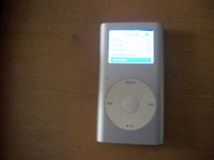 4GB APPLE iPod 1st Generation