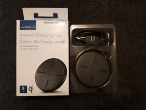 Wireless Phone Charger (Insignia)
