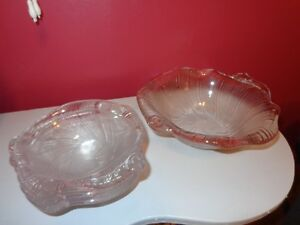 Glass Salad Bowl with 4 smaller bowls
