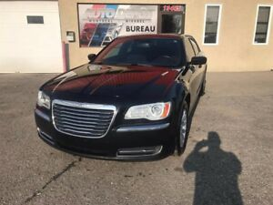 Chrysler 300 Touring RWD 2011
