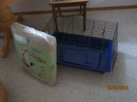 Critter cage and bedding