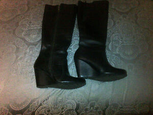 Women's leather boots, Size 6 - Like New, Worn once