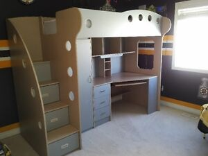 Twin Loft Bed with Built in Desk & Storage - Amazing Bed - Mint