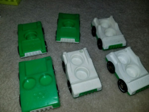 Vintage fisher price little people Grn 2 seater/luggage space