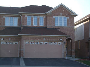 4 Bedroom End Unit Townhouse with Double Car Garage, Aurora