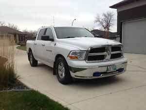 RAM 1500 Truck. Excellent condition Exterior Interior very Clean