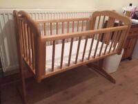 Crib Rocking/Swinging Baby/Child/Infant Wooden Cradle