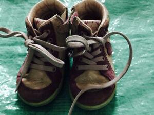 souliers fille Geox