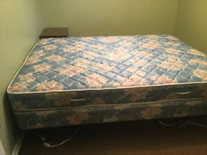 Queen Mattress, Box Spring, Metal Frame