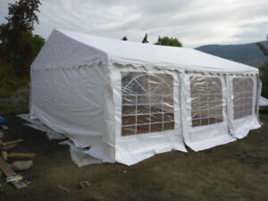 20ft x 20ft Party Tent c/w TWO roof covers & the one enclosure
