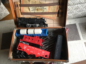 Lionel Train set.  Asking $100.00