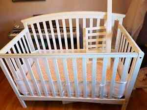 SOLD Dream on me 5 in 1 convertible crib