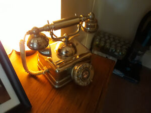 ANTIQUE ROTARY TELEPHONE1920 ORIGINAL