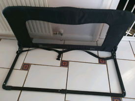 Bed guard for single bed.
