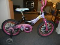 girsl bike/ with training wheels